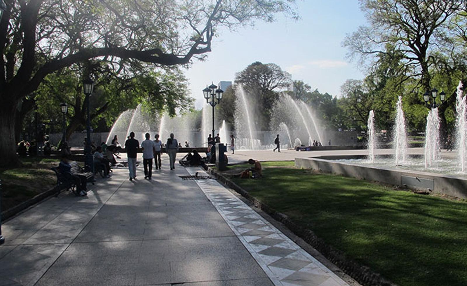 Tour in Mendoza city